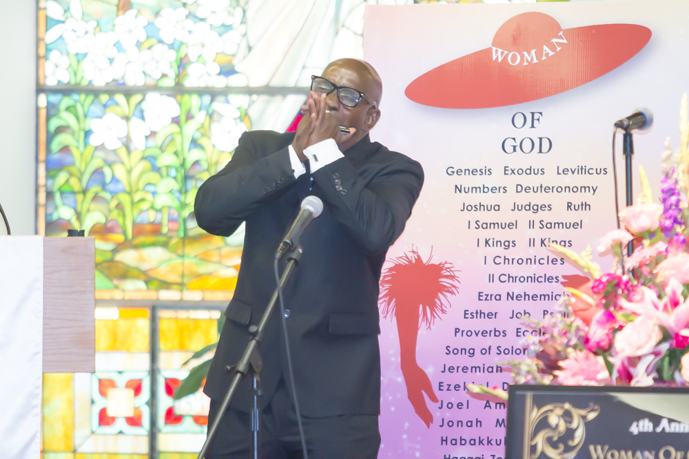 Pastor Leemann Smith - Harmonica